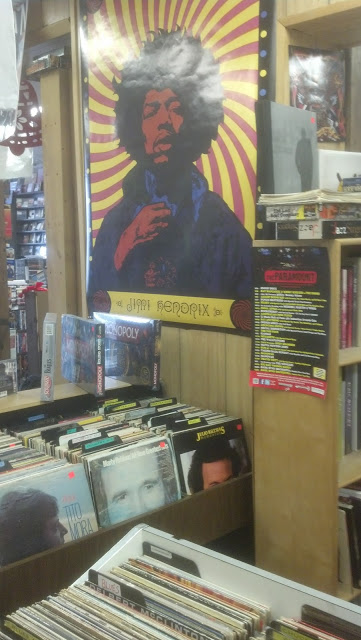 Mr. Cheapos - Commack Long Island - store interior