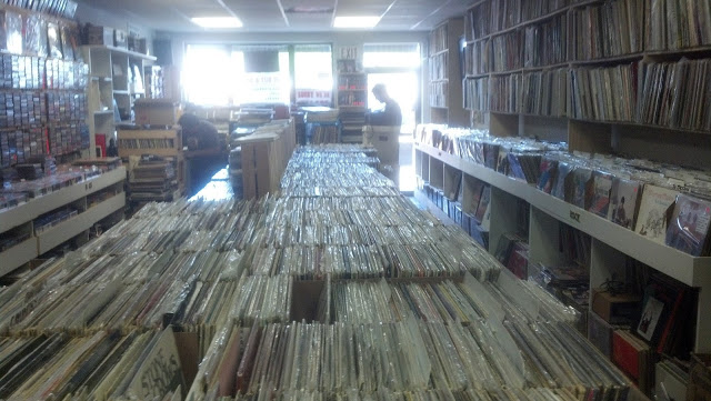 High Fidelity - Amityville (Long Island) New York - store interior