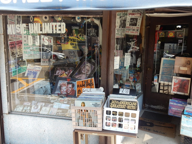 Music Country - Cliffside Park New Jersey - store front
