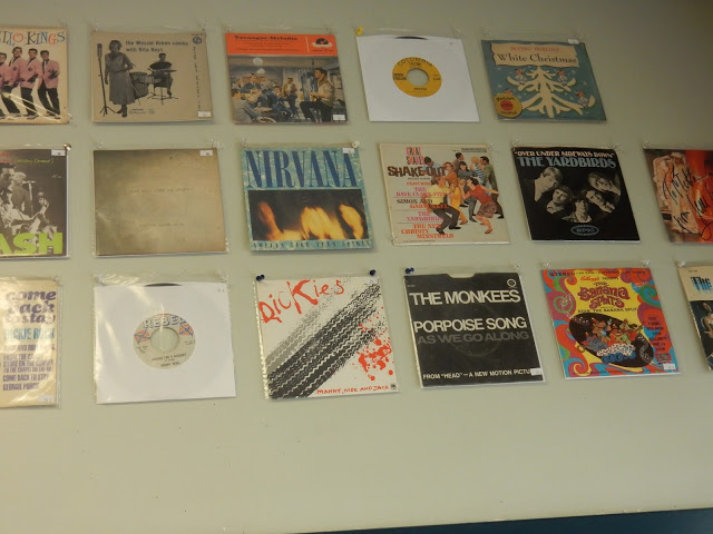 Record Collector - Bordentown NJ - rare 45s