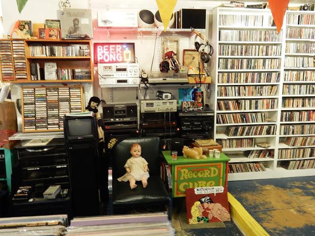John Doe Records And Books - Hudson New York - Interior
