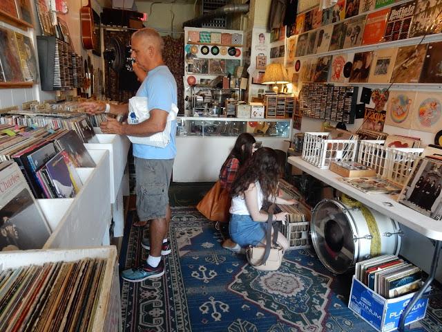Vinyl Guru - Newport Rhode Island - store interior